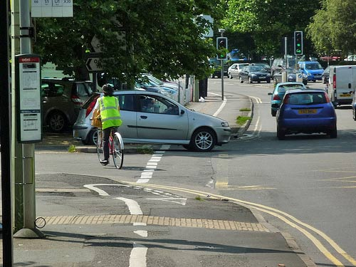 botley-cycle-lane-junction-car