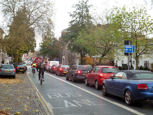 cycling-bus-lane